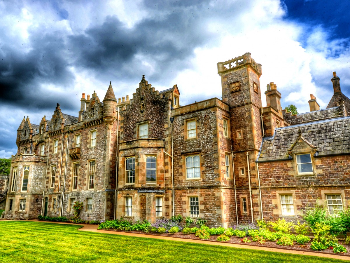 Jigsaw Puzzle Solve jigsaw puzzles online - Abbotsford House