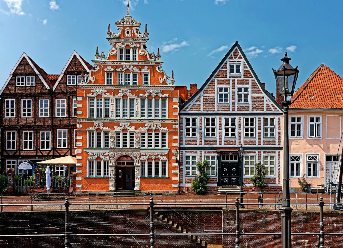 Jigsaw Puzzle Solve jigsaw puzzles online - The Hanseatic city