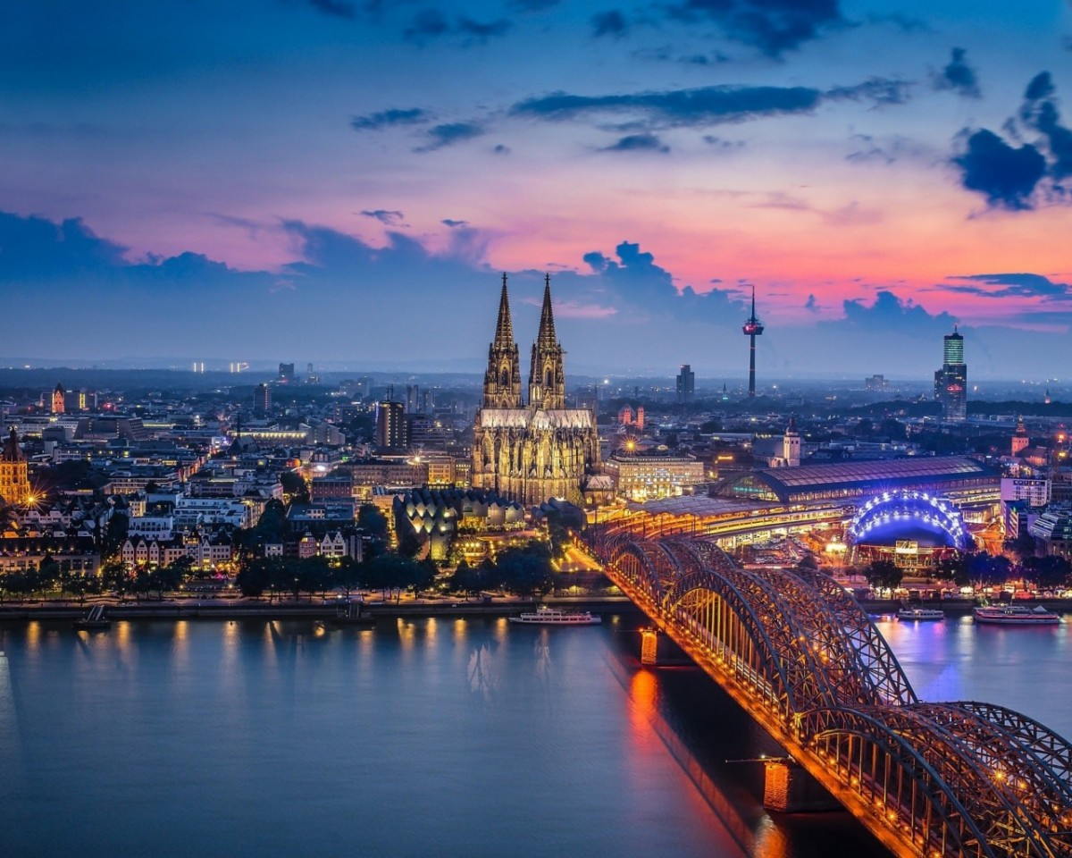 Jigsaw Puzzle Solve jigsaw puzzles online - Cologne