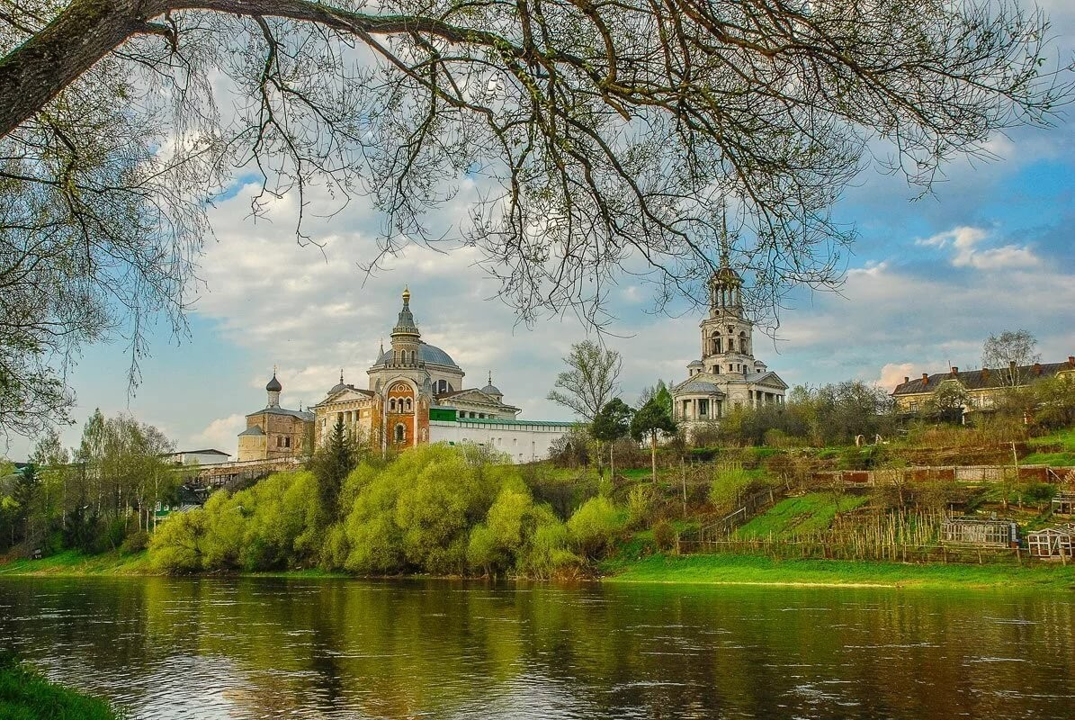Jigsaw Puzzle Solve jigsaw puzzles online - The City Of Torzhok