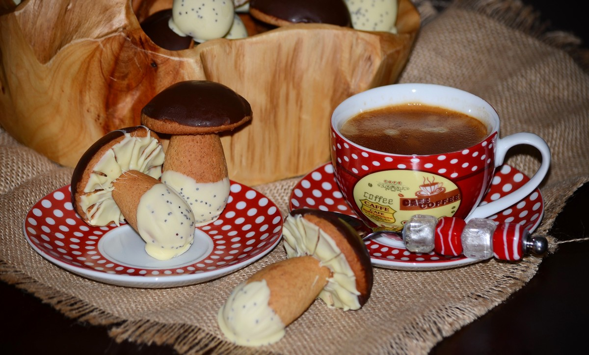 Jigsaw Puzzle Solve jigsaw puzzles online - Mushrooms and coffee