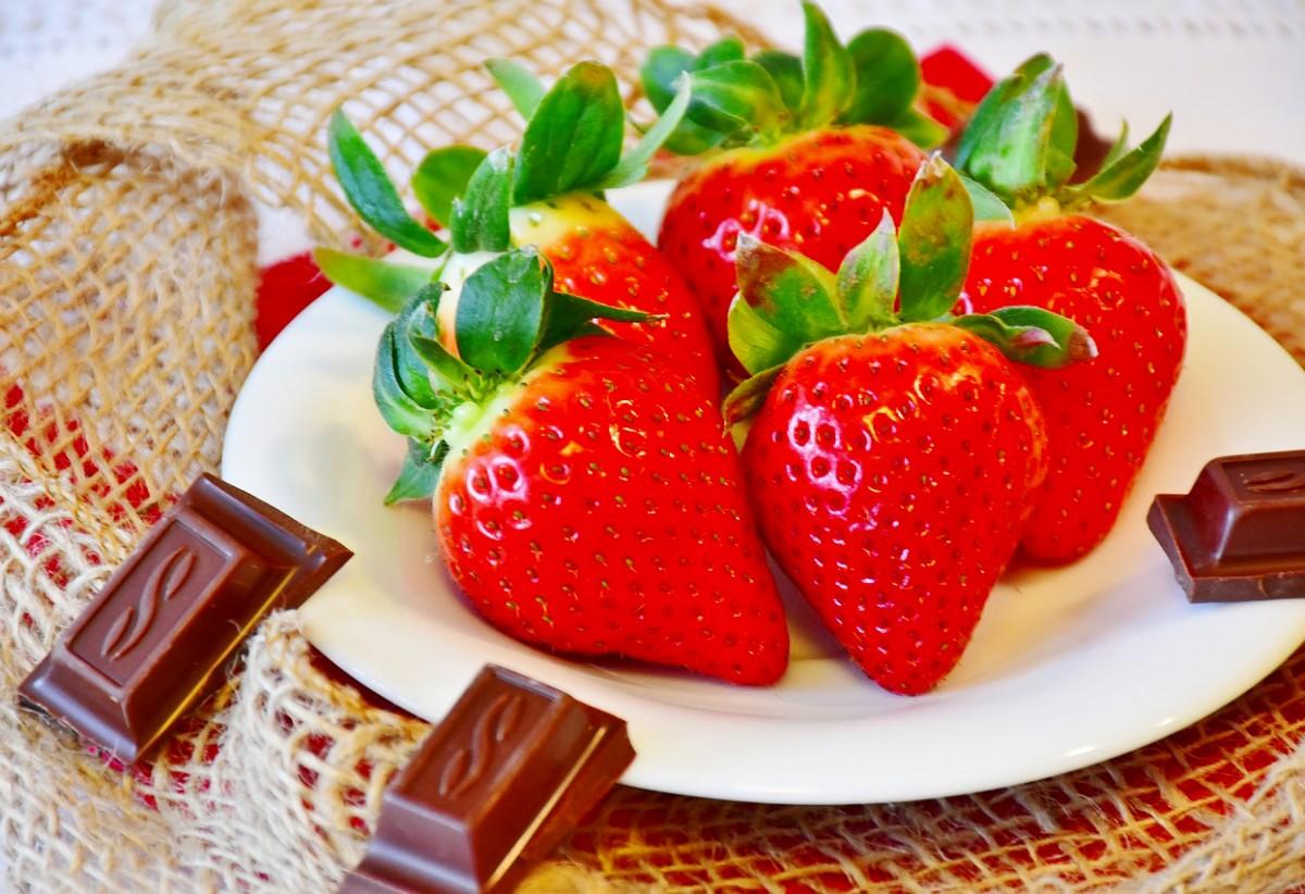 Jigsaw Puzzle Solve jigsaw puzzles online - Strawberry i chocolate