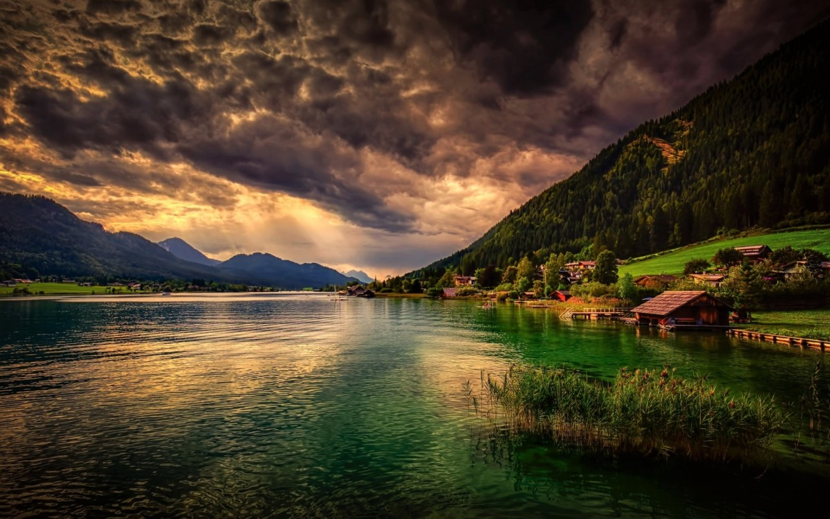 Jigsaw Puzzle Solve jigsaw puzzles online - Crawling clouds