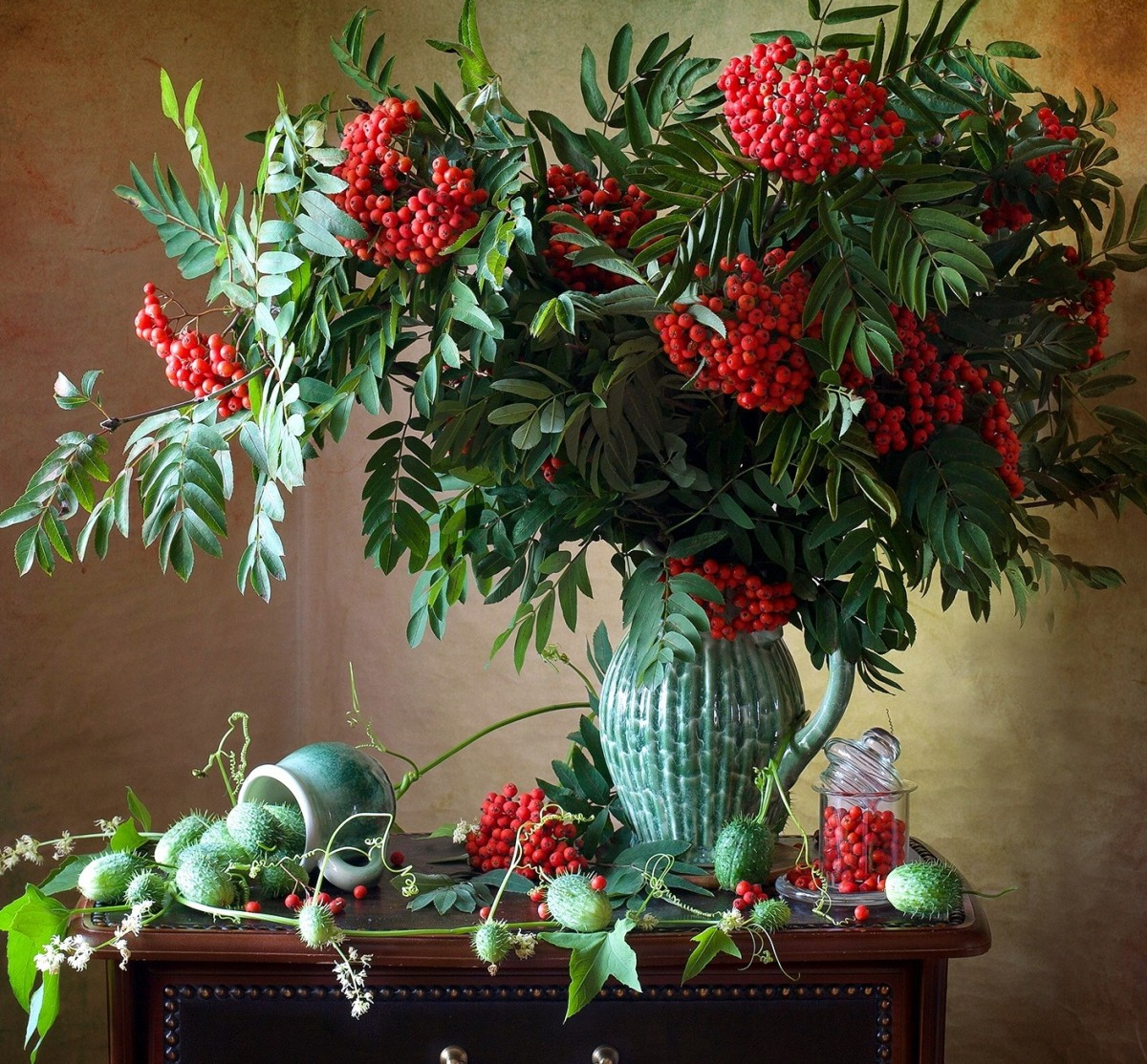 Jigsaw Puzzle Solve jigsaw puzzles online - Rowan in a vase