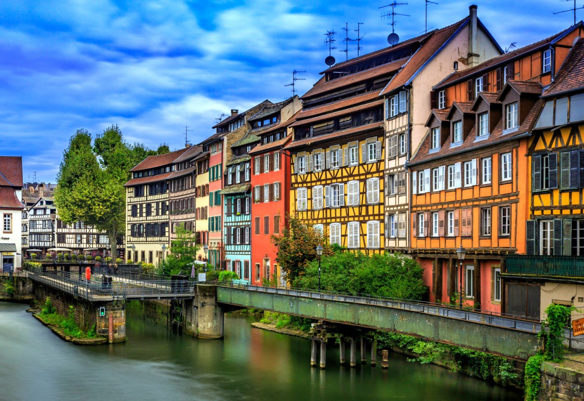 Jigsaw Puzzle Solve jigsaw puzzles online - Strasbourg France