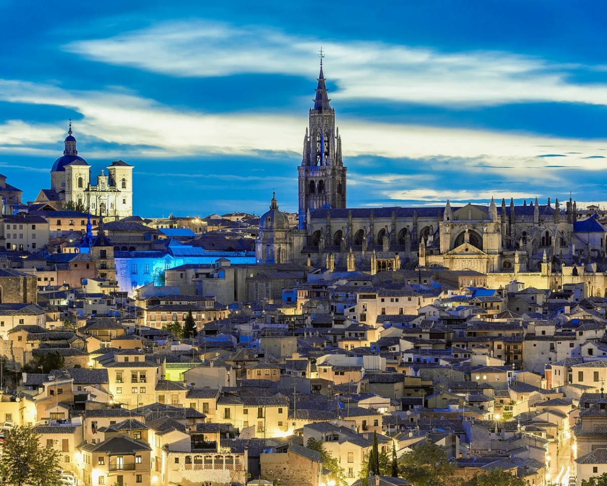 Jigsaw Puzzle Solve jigsaw puzzles online - Toledo on the Tajo river