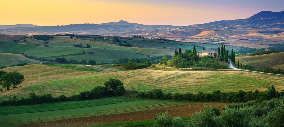 Jigsaw Puzzle Solve jigsaw puzzles online - Tuscan fields