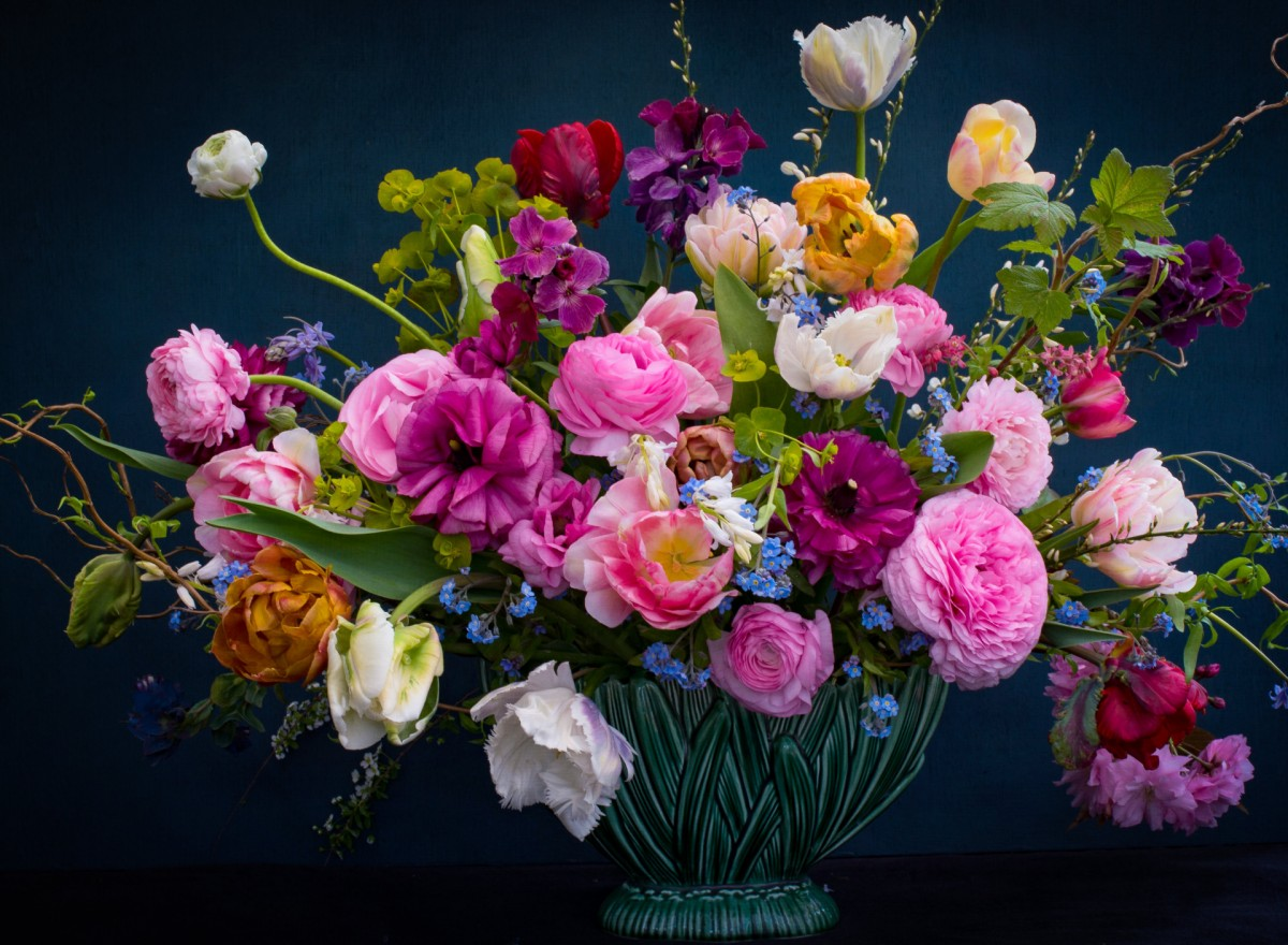 Jigsaw Puzzle Solve jigsaw puzzles online - Flowers in a vase