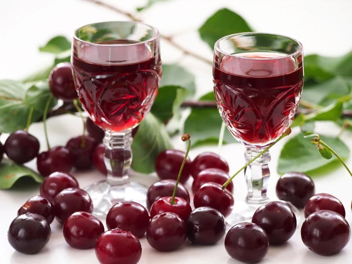 Jigsaw Puzzle Solve jigsaw puzzles online - Cherry wine