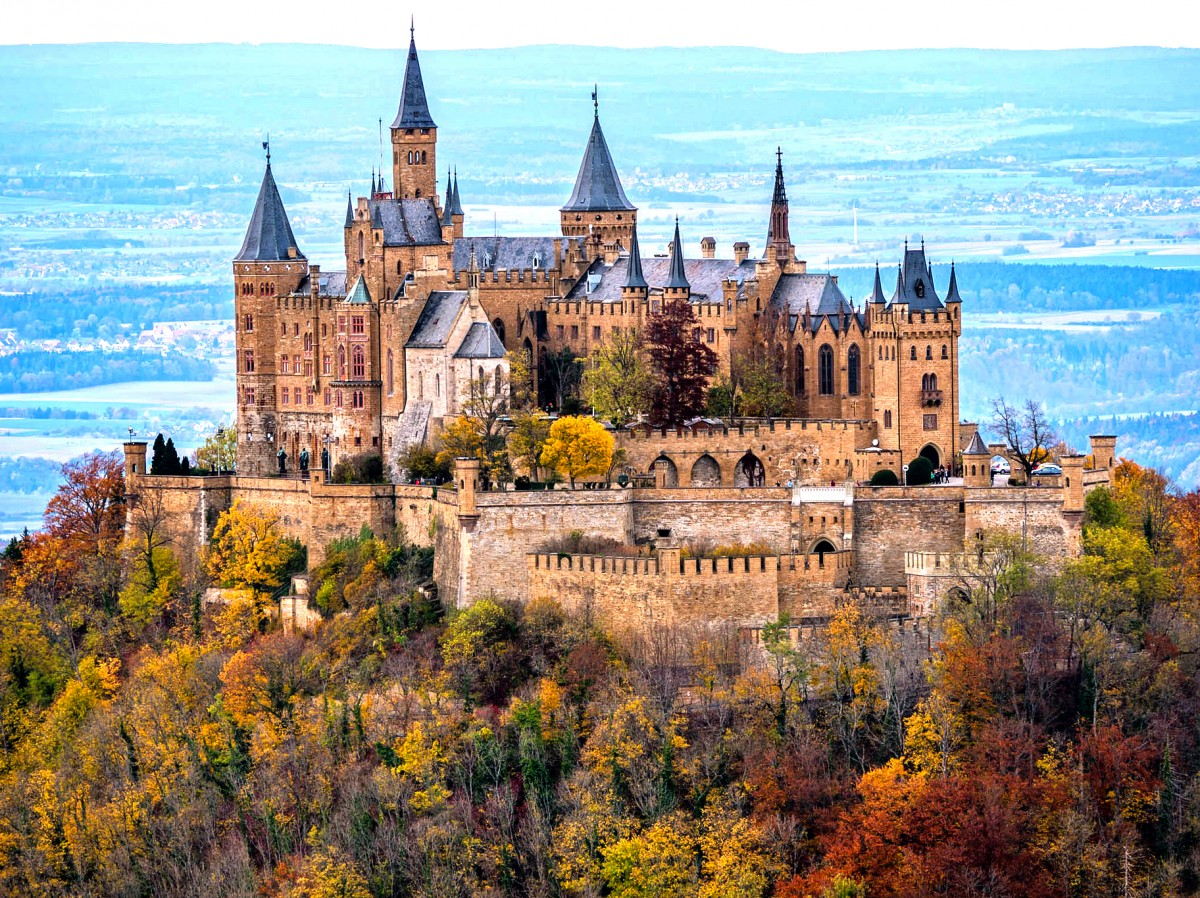 Jigsaw Puzzle Solve jigsaw puzzles online - Hohenzollern Castle