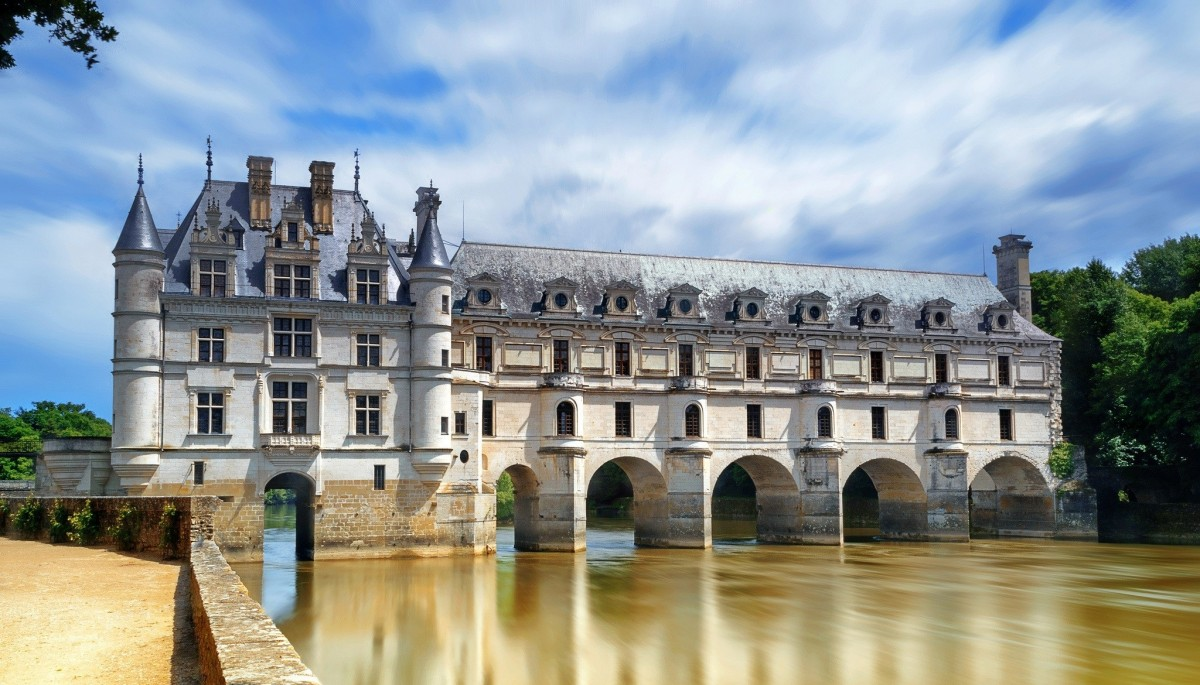 Jigsaw Puzzle Solve jigsaw puzzles online - Chenonceau castle
