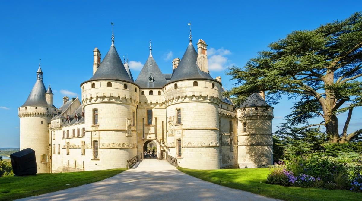 Jigsaw Puzzle Solve jigsaw puzzles online - Chaumont-sur-Loire castle
