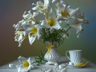 Собирать пазл White lilies онлайн