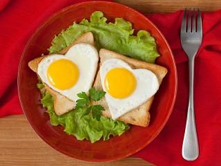 Собирать пазл Egg sandwich онлайн