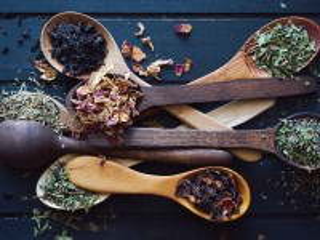 Собирать пазл Wooden spoons онлайн
