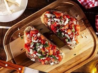 Собирать пазл Two sandwiches онлайн