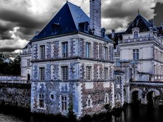 Собирать пазл Palace on the water онлайн