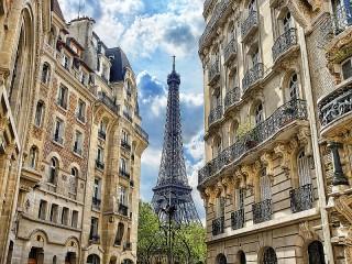 Собирать пазл Eiffel tower онлайн