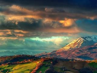 Собирать пазл Mountain landscape онлайн