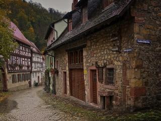 Собирать пазл The Town Of Weinheim онлайн