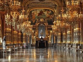 Собирать пазл Grand Opera онлайн