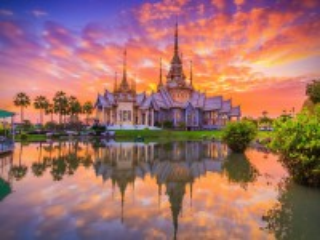 Собирать пазл Temple in Thailand онлайн