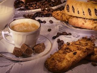 Собирать пазл Coffee and pastries онлайн