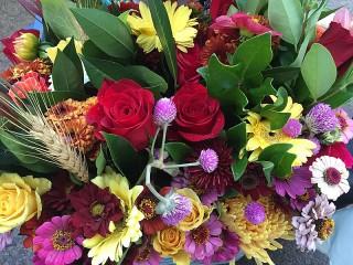 Собирать пазл Bunch of flowers онлайн