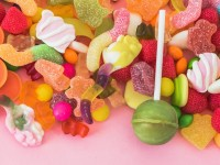 Собирать пазл Candy assorted онлайн