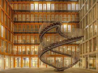 Собирать пазл Endless stairs онлайн