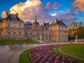 Собирать пазл Luxembourg gardens онлайн