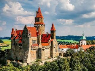 Собирать пазл Moravian castle онлайн