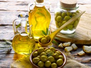 Собирать пазл Still life with olives онлайн