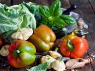 Собирать пазл Still life with pepper онлайн