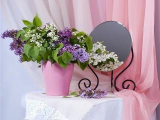 Собирать пазл Still life with lilacs онлайн