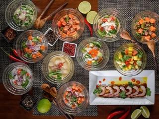Собирать пазл Lunch with pepper онлайн