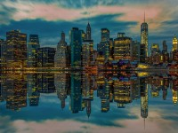 Собирать пазл The Reflection Of New York City онлайн