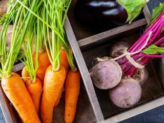 Собирать пазл Vegetables in the drawer онлайн