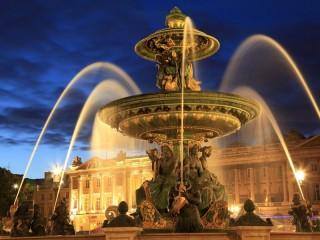 Собирать пазл Paris fountain онлайн