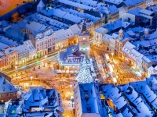 Собирать пазл Christmas in Romania онлайн