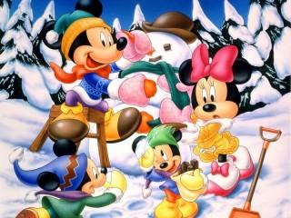 Собирать пазл Mickey Mouse family онлайн