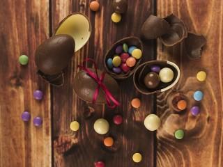 Собирать пазл Chocolate eggs онлайн