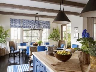 Собирать пазл Blue dining room онлайн