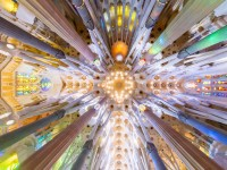 Собирать пазл In The Church Of St. Sam онлайн