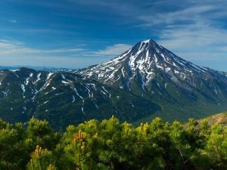 Собирать пазл Vilyuchik volcano онлайн