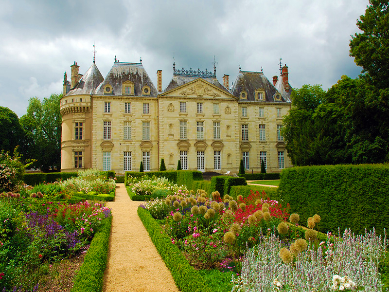Jigsaw Puzzle Solve jigsaw puzzles online - Castle of Le Lude