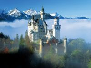 Собирать пазл castle in mountains онлайн